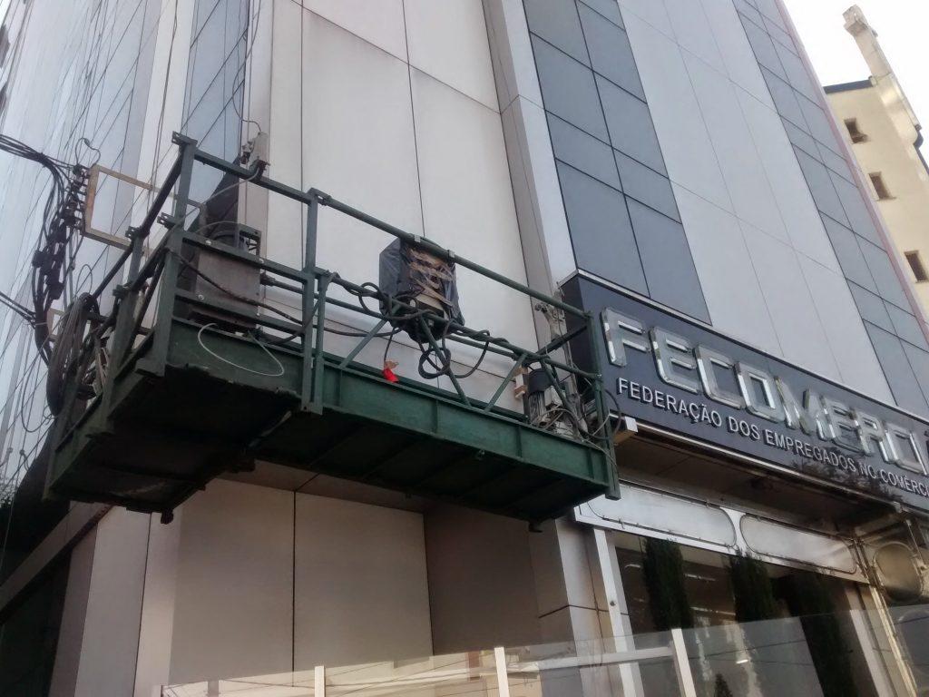 FECOMERCIARIO – Pinheiros, São Paulo - Andaime Suspenso Elétrico (Balancim) p/ Manutenção