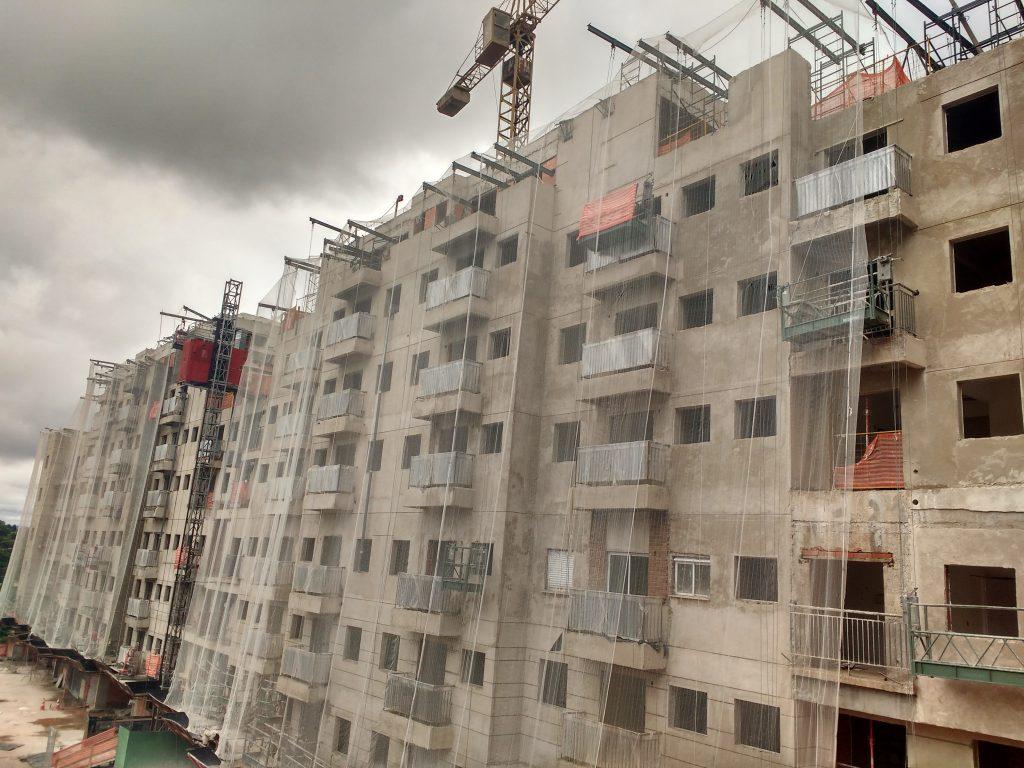 ARBORE ENGENHARIA – Cotia, São Paulo - Andaimes Suspensos Manuais (Balancins) p/ Fachada         e Estruturas Metálicas p/ Tela de Proteção e Tela de Proteção
